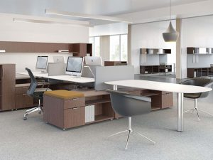 OFFICE FURNITURE FOR A MIAMI-BASED NEWSROOM